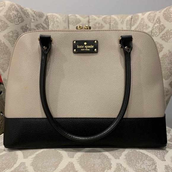 kate spade Handbags - Genuine Kate Spade shoulder bag